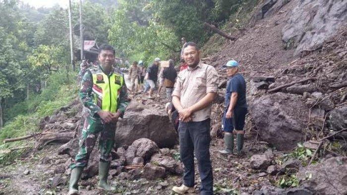 BREAKING NEWS: Jalan Poros Gantarang Sinjai - Malino Tertutup Longsor