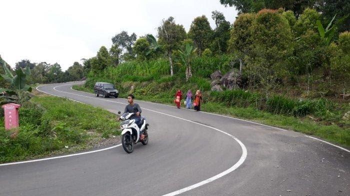 Pengerjaan Jalan Poros Botolempangan-Munte-Palampang Sinjai, 6 Km Belum Rampung
