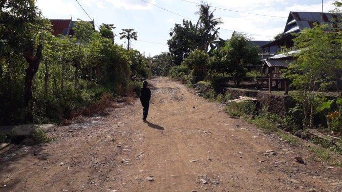 Jalan Rusak di Butta Pase'reang Jeneponto Dikeluhkan Warga