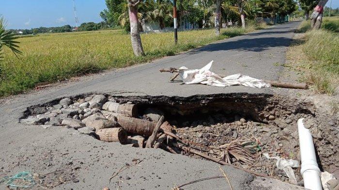 Jalan Rusak di Panaikang Jeneponto Dikeluhkan Pengendara