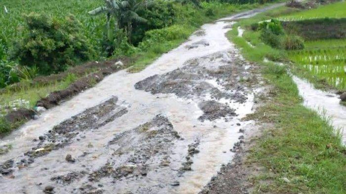 Jalan Rusak di Tabbassi Jeneponto Dikeluhkan, Warga: Kami Dijanji Manis saat Pilkada