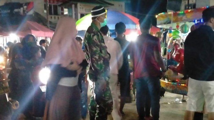 Pasar di Polman Padat Jelang Lebaran, Kodim Polmas Kerahkan Anggota Imbau Prokes