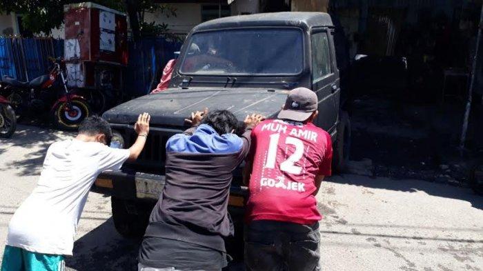Publik Services: Tolong Tindaki Bengkel di Monginsidi Baru, Ganggu Lalu Lintas
