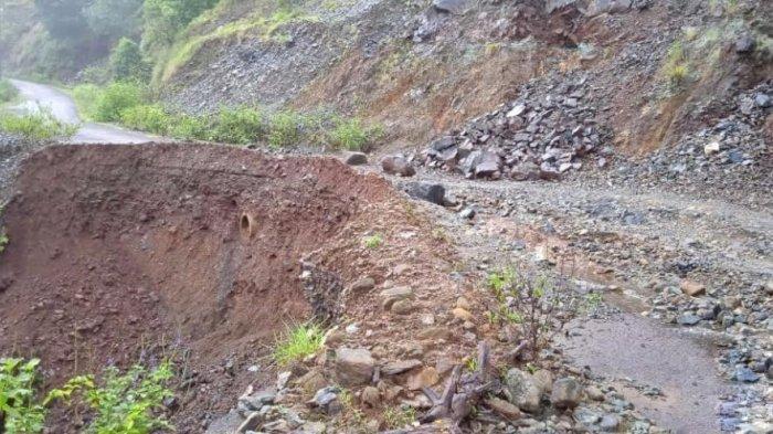 Longsor di Desa Pujananting, Mau ke Kota Barru Harus Lewat Pangkep