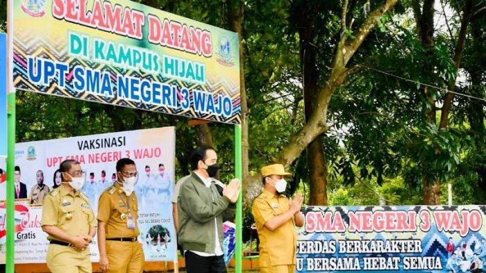 Pantau Proses Vaksin Masyarakat Umum, Jokowi Hanya 10 Menit di Puskesmas Wewangrewu Wajo