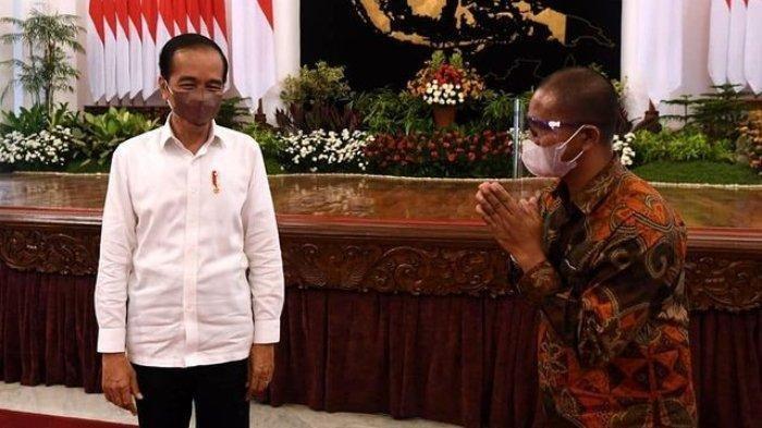 Tegur Kapolri, Jokowi: Jangan Terlalu Berlebihan, Wong Saya Baca Kok Isi Posternya, Biasa Aja!