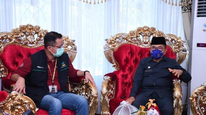 Sebelum Tinjau Banjir Luwu Utara, Wali Kota Palopo Jemput Menteri Sosial di Bandara Lagaligo
