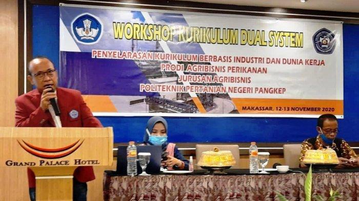 Jurusan Agribisnis Politeknik Pertanian Negeri Pangkep atau Politani Pangkep menggelar Workshop Kurikulum Dual System di Hotel Grand Palace, Makassar, 12-13 November 2020.  Kegiatan ini dalam rangka penyelarasan kurikulum berbasis industri dan dunia kerja.