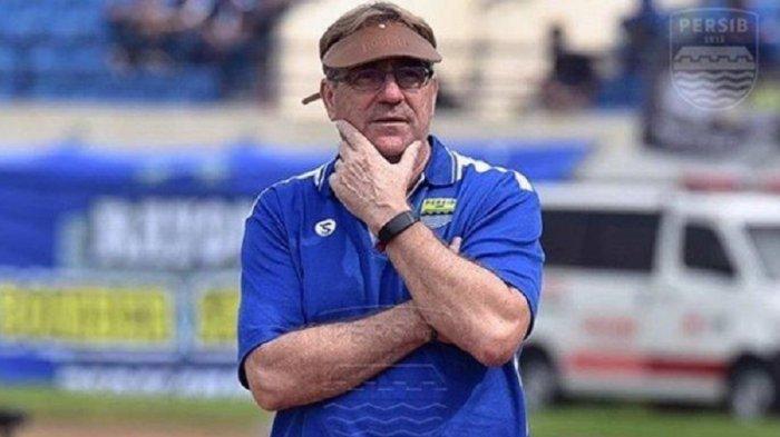 Pelatih Persib Bandung, Robert Alberts Keberatan dengan Jadwal Liga 1 2020: Itu Menyiksa Kami