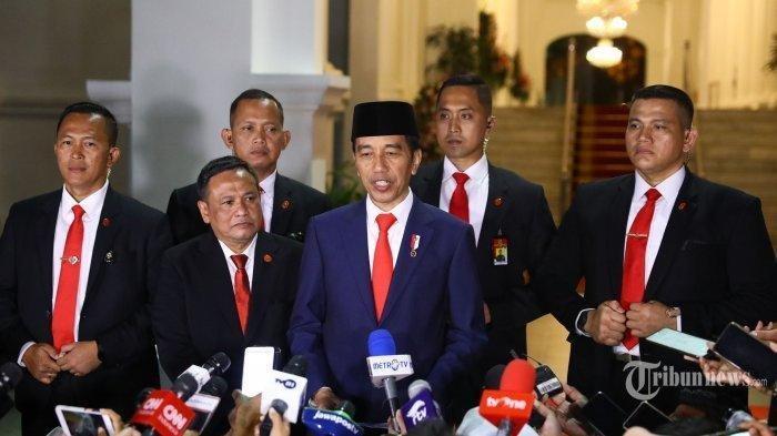Daftar Menteri Masuk Jejak Reshuffle Jokowi sejak 2014, Anies Baswedan dan Rizal Ramli Dipecat