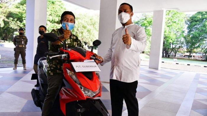Igun, Kalla Group & Banyak Orang Terharu Perjuangan Kakek Syafruddin Naik Sepeda 15 Kilo Demi Vaksin