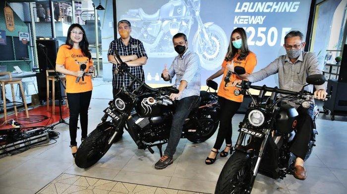 FOTO: Motor Keeway V250Fi Resmi Mengaspal di Makassar