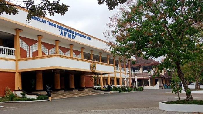 """Sekolah Tinggi Pembangunan Masyarakat Desa """"APMD"""" : Memuliakan Desa, Mempersatukan Indonesia - kampus-stpmd-apmd-1.jpg"""