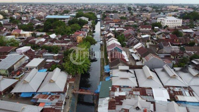 FOTO DRONE: Normalisasi Kanal Pa'baeng-Baeng Atasi Banjir - kanal-pabaeng-baeng-terekam-menggunakan-kamera-drone-2.jpg