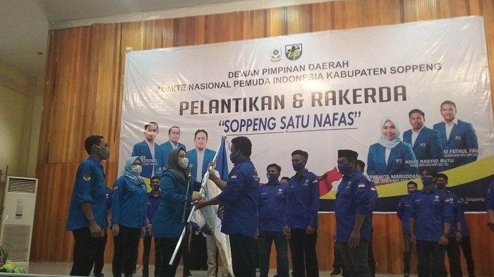 Tiga Hari Sebelum Peringatan Sumpah Pemuda, Kanita Lantik Pengurus KNPI Soppeng