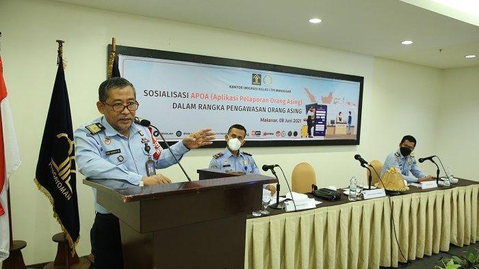 Kantor Imigrasi Kelas I Makassar Sosialisasi Aplikasi Pelaporan Orang Asing dan Eazy Passport