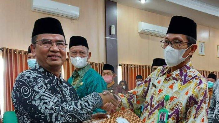 Kanwil Kemenag Sulsel Khaeroni tak pakai masker saat melantik pejabat