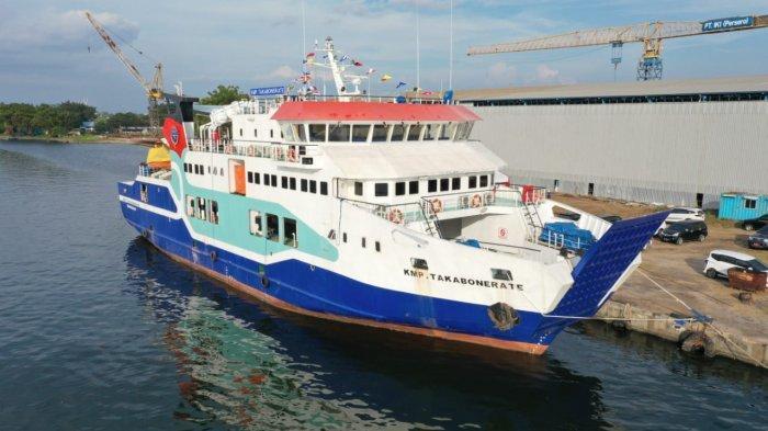 FOTO: Pengoperasian Perdana KMP Takabonerate - kapal-mo4rf3e.jpg