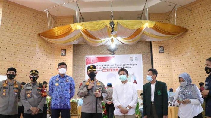 Kapolda Sulsel Tinjau Vaksinasi 1.000 Mahasiswa di UIN Alauddin Makassar