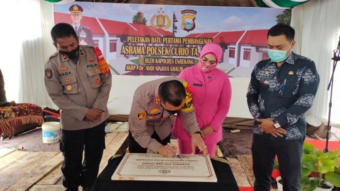 Kapolres Enrekang Resmikan Pembangunan Asrama Polsek Curio Senilai Rp 910 Juta