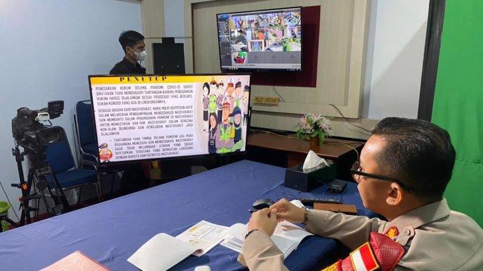 Kapolres Enrekang Jadi Pemateri Materi Diskusi Alumni Talk BEM Hukum Unhas