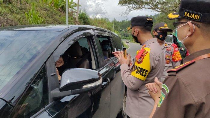 Kapolres Turun Langsung, Anda Diminta Putar Jika Tak Bersyarat Melintas di Kecamatan Alla Enrekang