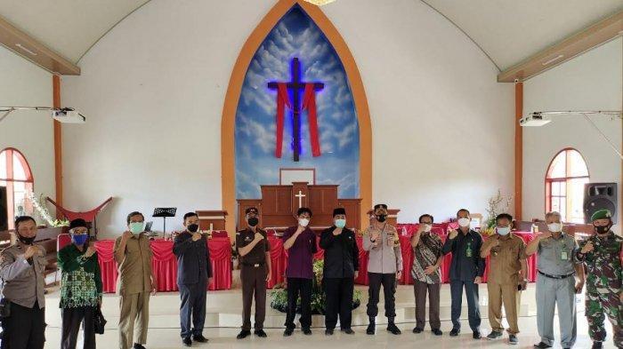 Kapolres, Forkopimda, Ketua MUI Enrekang Silaturahmi ke Gereja Jemaat Imanuel