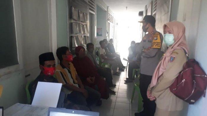 Kepala Desa Hingga Imam Masjid di Kecamatan Binuang Polman Mulai Divaksin