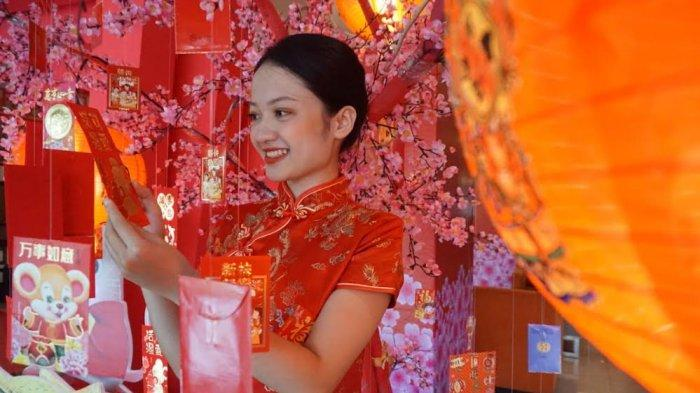 Meriahkan Imlek, Dalton Makassar Siapkan Fortune Cookies dan Lucky Tree