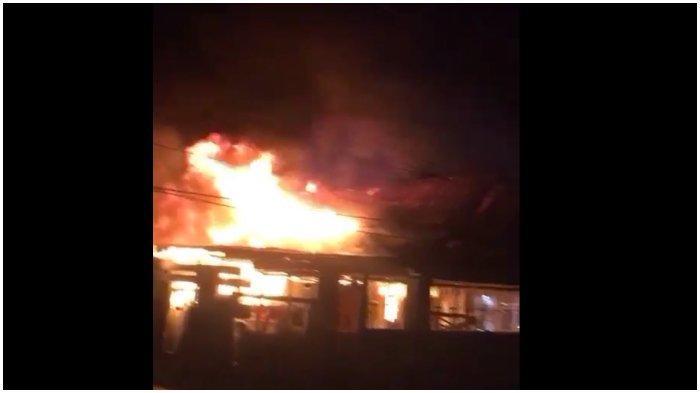 BREAKING NEWS: Hotel Subur Belopa Luwu Terbakar