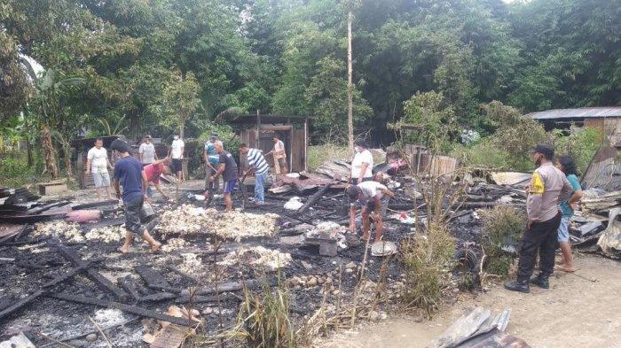 Kebakaran Hanguskan Satu Rumah Warga di Jl Gunung Jati Palopo