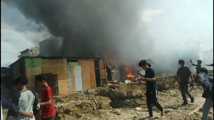 BREAKING NEWS: Pasar Sentral Pangkep Terbakar