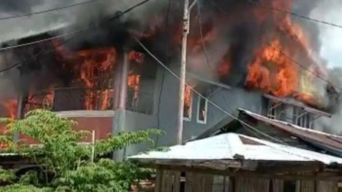 Kerugian Akibat Kebakaran di Kompleks Pasar Pamboang Majene Ditaksir Ratusan Juta Rupiah