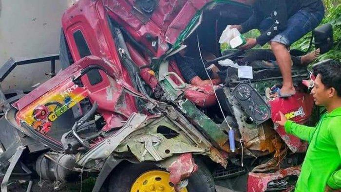 Kecelakaan Truk Tangki LPG di Datae Sidrap, Supir Luka Parah