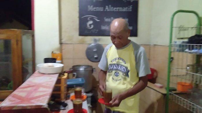 Minum Sarabba Rekomended di Bantaeng, di Kedai Ratulangi Tempatnya