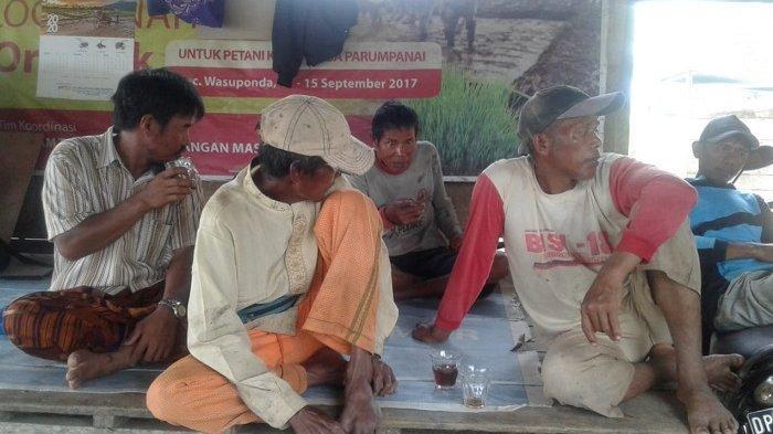 Tim PKPM Wasuponda Apresiasi Pengadaan Padi Organik Desa Parumpanai