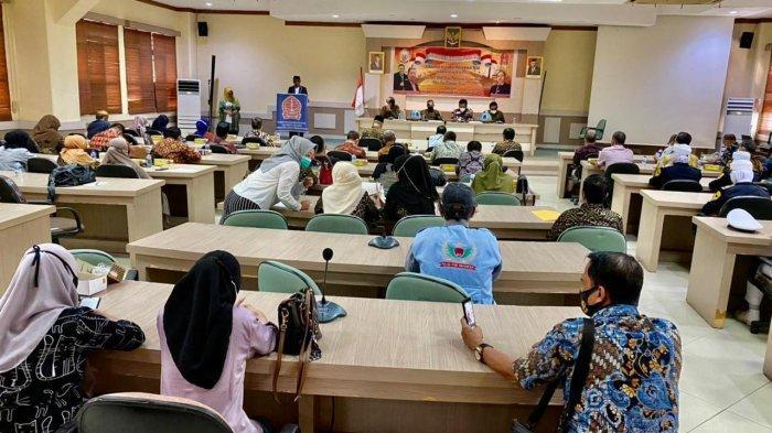 Kegiatan Musprov 3 KKM Bone DPP Sulawesi Selatan di Ruang Pertemuan Lt 4 Kantor Badan Perencanaan Pembangunan Daerah (Bappeda) Provinsi Sulawesi Selatan, Sabtu (3/7/2021).