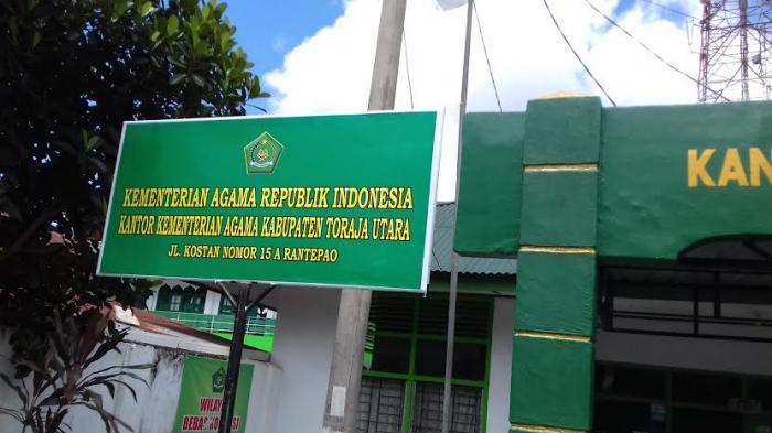 Kantor Kemenag Toraja Utara Mulai Buka Tribun Timur