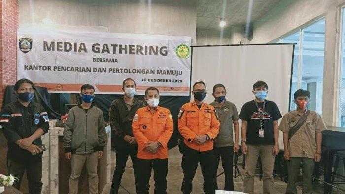 Basarnas Mamuju Gelar Media Gatheting di Matos, Bahas Mekanisme Operasi SAR