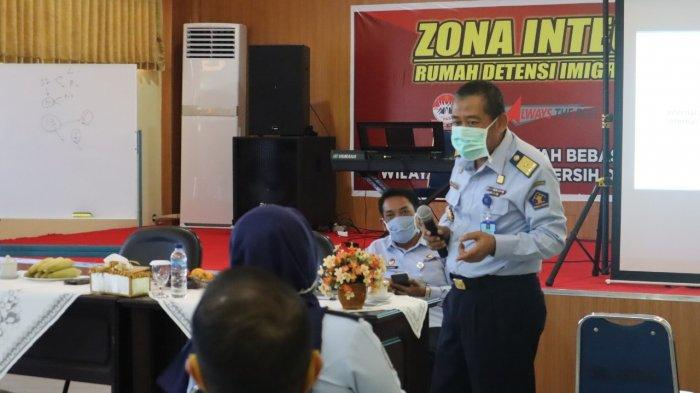 47 Pegawai Rudenim Makassar Ikuti Bindalwasnis oleh Kepala Divisi Keimigrasian Kemenkunham Sulsel