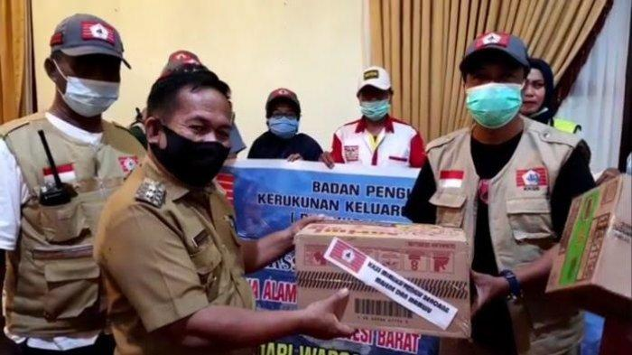 Peduli Korban Gempa Sulbar, KKSS di Mimika Kirim Dua Truk Bantuan