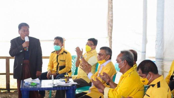 Tumbangkan Incumbent di Torut, Taufan Pawe Minta Yohanis Bassang Berbagi Strategi ke Golkar Sulsel