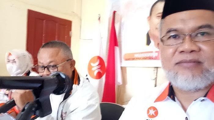 PKS Sinjai Tak Setuju Jabatan Presiden 3 Priode, Kader PDIP Sebut Belum Ada Wacana Jokowi-Prabowo
