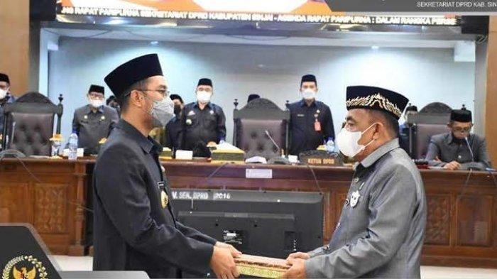Diberhentikan Sebagai Ketua DPRD Sinjai, Lukman Arsal Bungkam