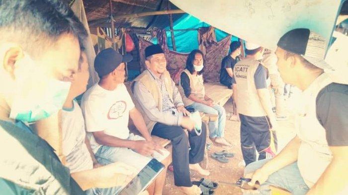 KPID Sulbar Dampingi Ketua ICATT Sambangi Korban Gempa di Daerah Terpencil