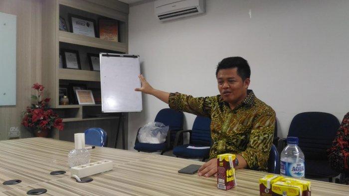 Tak Sempat Hadir di HUT ke-13 Tribun Timur, Ketua KPPU Langsung Baper - ketua-komisi-pengawas-persaingan-usaha-kppu-syarkawi-rauf_20170318_210934.jpg