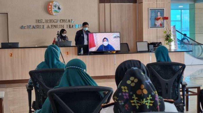 Erna Rasyid Taufan Buka Kegiatan Vaksinasi Massal di Parepare