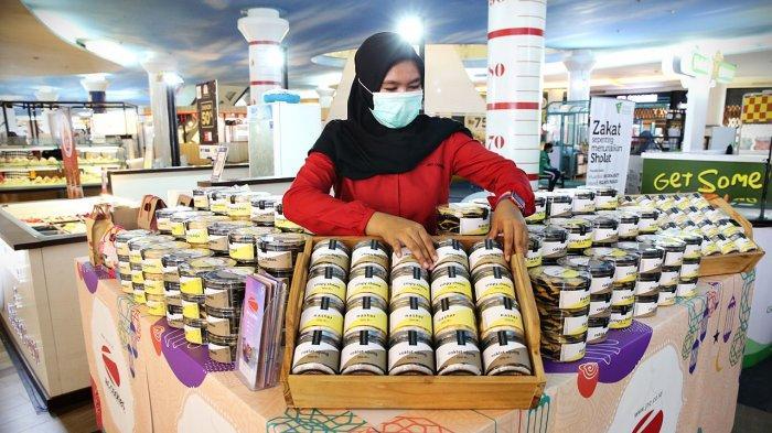 FOTO: Kue Kering J&C Cookies Hadir di TSM Makassar, Tawarkan Aneka Varian Kue Kering Premium - koleksi-kue-kering-jc-cookies-1.jpg
