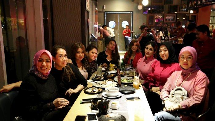 Usai Arisan Valentine, Independent Women Galang Dana Beli Masker untuk Cegah Penyebaran Virus Corona