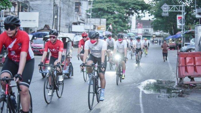 Meriahkan HUT RI, 3 Komunitas Sepeda Makassar Gowes Kolaborasi